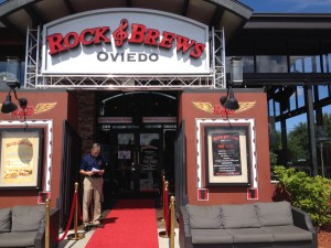 Rock N Brews Oviedo rolled out the red carpet for vets.