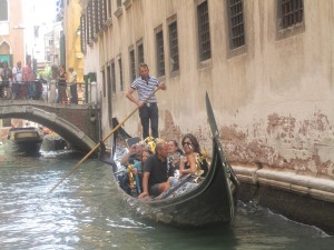 This is how you arrive at Harry's Bar in Venice, Italy.  NOT the Harry's Bar in Orlando!