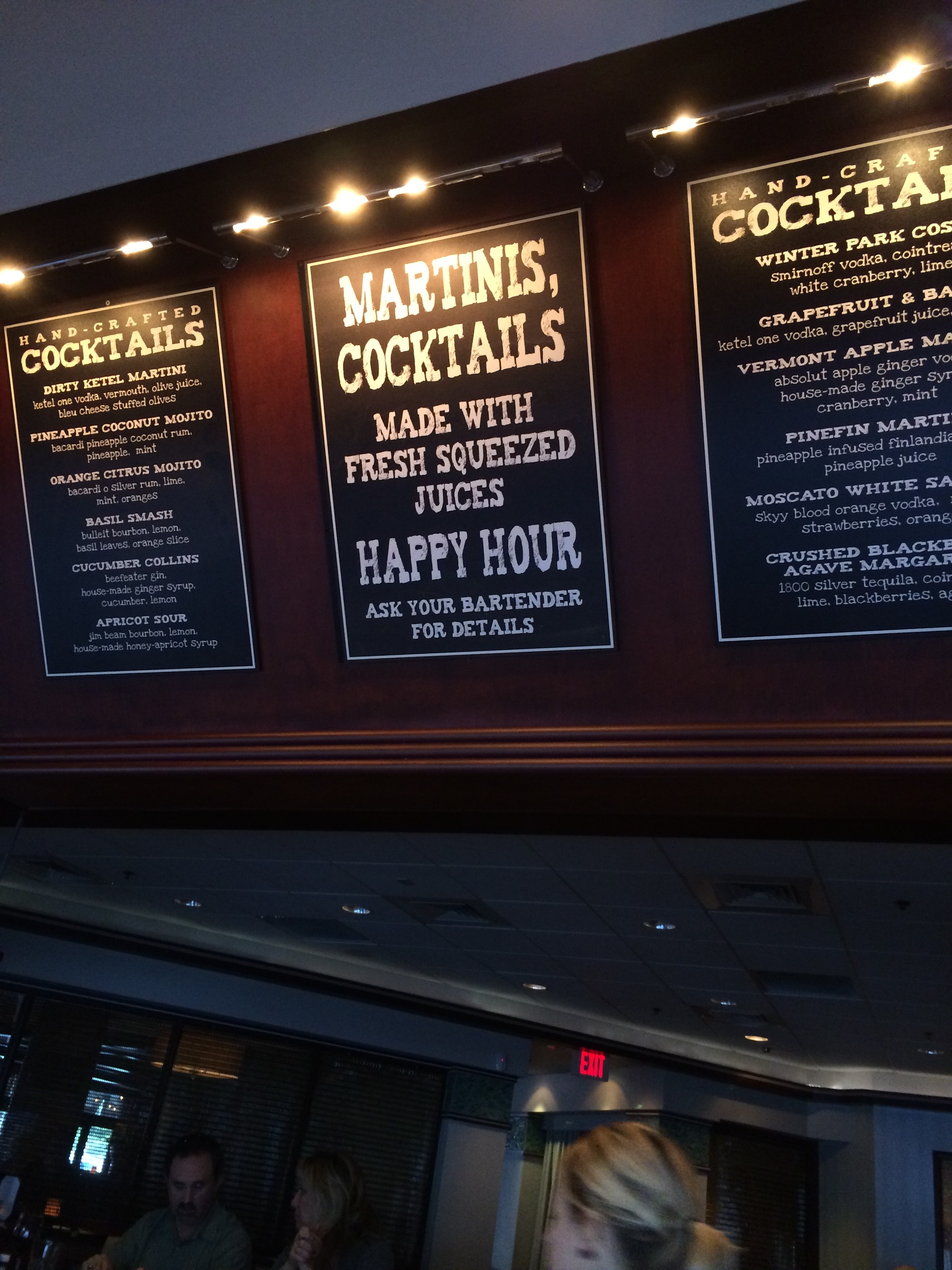 Orlando 39 s happiest hours happy hour review mitchell 39 s for Fish market orlando